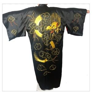Vintage Japanese Embroidered Dragon Long Kimono